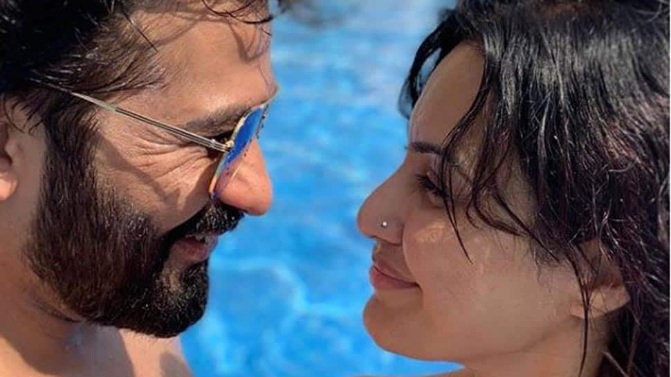 Kamya Panjabi holidays with boyfriend Shalabh Dang in Dubai, shares pool pic