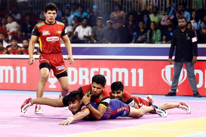 PKL 7: Dabang Delhi outclass Bengaluru Bulls to enter maiden final