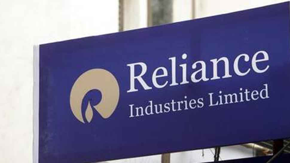 RIL creates new benchmark, becomes first company to hit Rs 9 lakh crore in market cap
