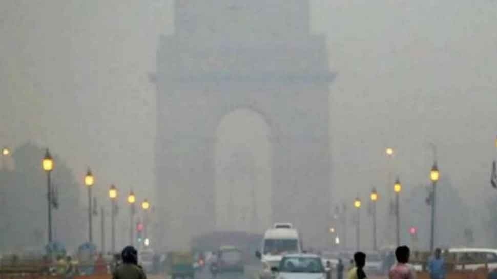 Air quality in Delhi improves but still remains in 'poor' category