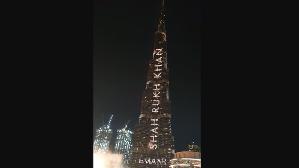Burj Khalifa display Shah Rukh Khan's name on his 54th birthday