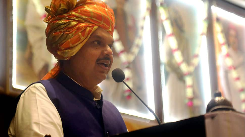 Amid bitter tussle with Shiv Sena over government formation, BJP's Devendra Fadnavis meets RSS chief Mohan Bhagwat in Nagpur