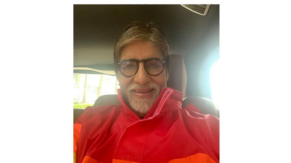 Karan Johar congratulates Big B on completing 50 years in Bollywood