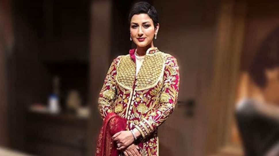 On National Cancer Awareness Day, Sonali Bendre urges everyone to undergo health check-ups