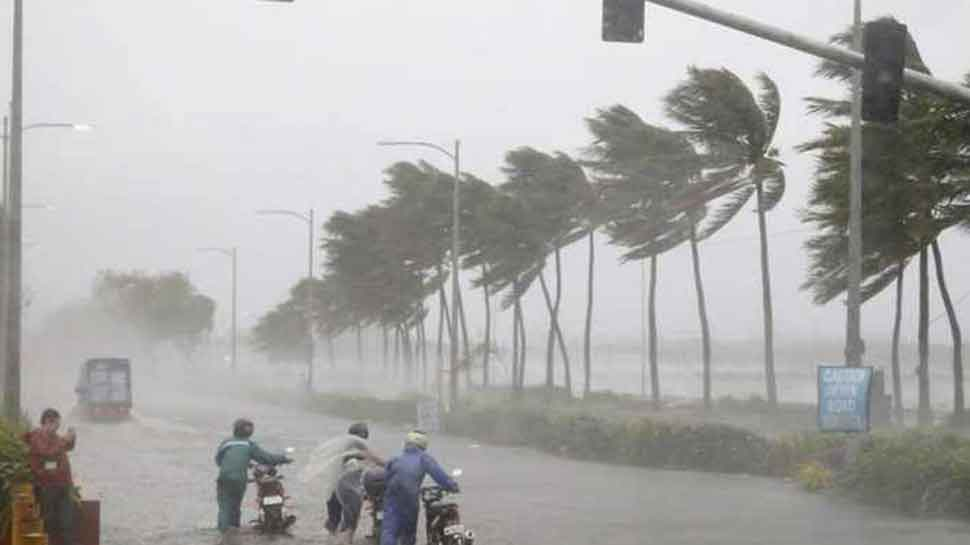 Cyclone Bulbul crosses West Bengal, thousands evacuated as cyclonic storm heads to Bangladesh
