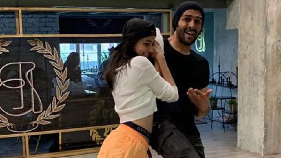 Ananya Panday 'falls' for Kartik Aaryan, latter 'stops' her from doing so
