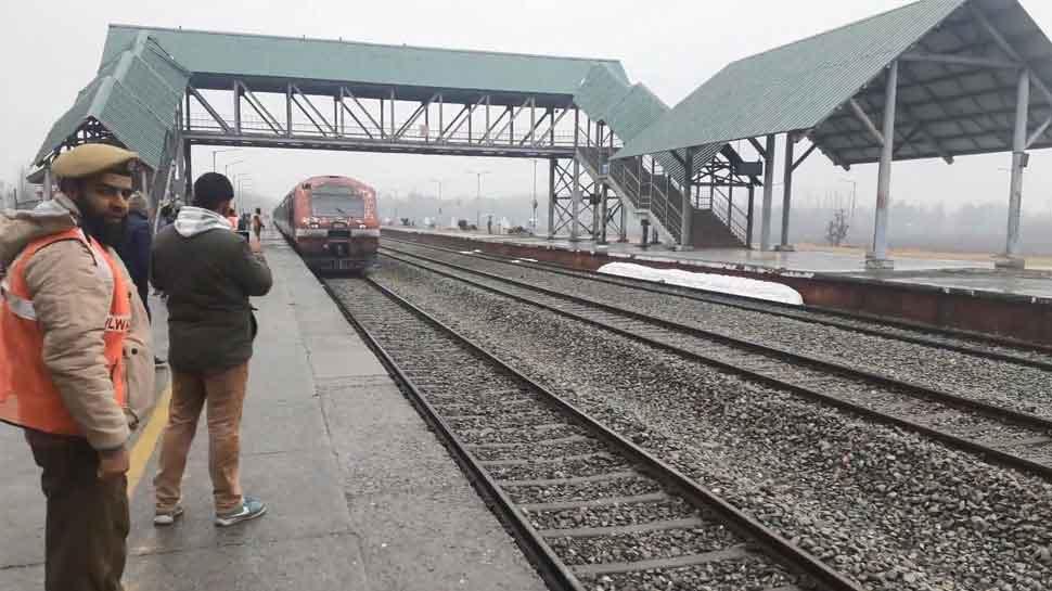 Rail services resume between Srinagar-Banihal in Kashmir valley