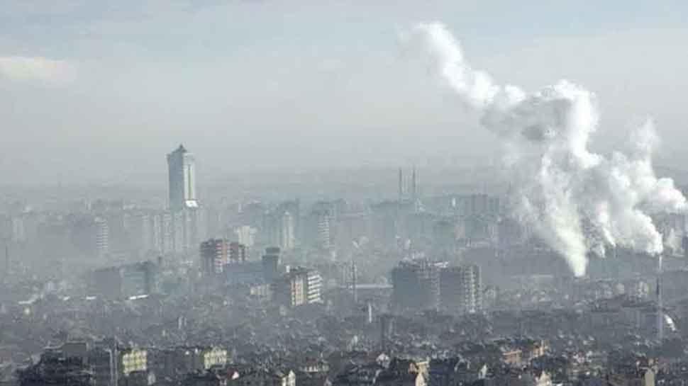 Lok Sabha MPs discuss Delhi air pollution crisis, Environment Minister Javadekar to respond on November 21