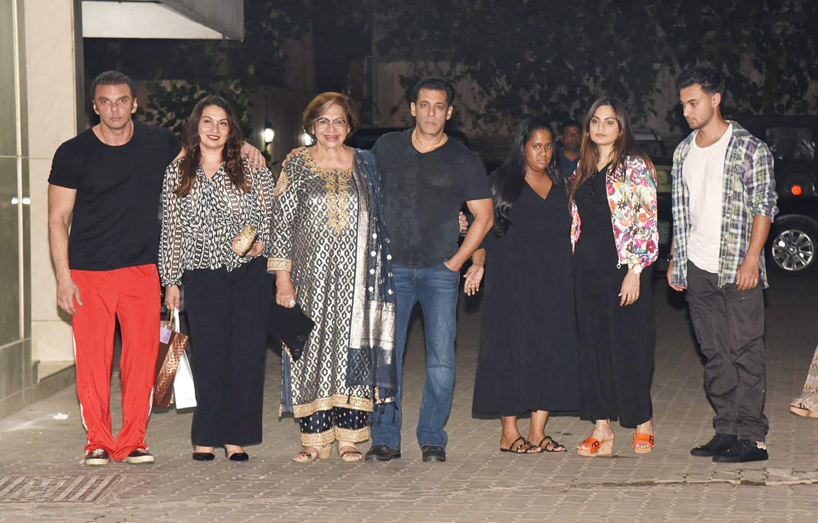 Veteran actress Helen's birthday party at Sohail Khan's residence