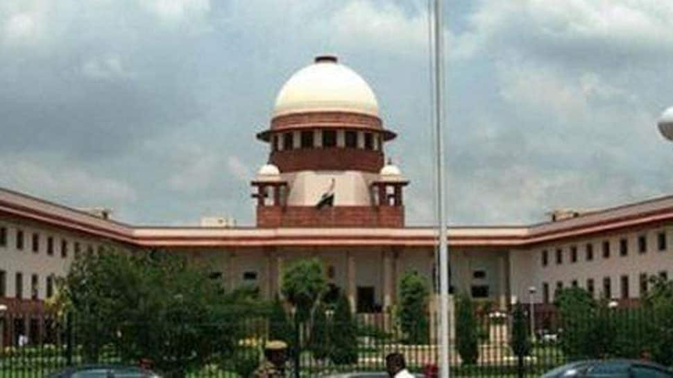 Amid political turmoil in Maharashtra, SC to decide on floor test on Tuesday