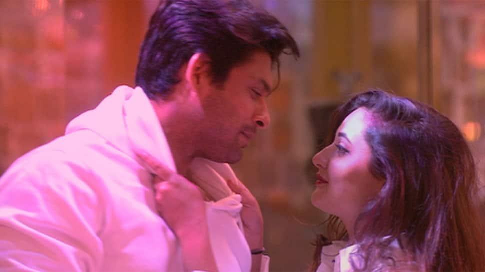 Bigg Boss 13, Day 54 updates: Sidharth Shukla-Rashami Desai recreate Dil Se Dil Tak romance