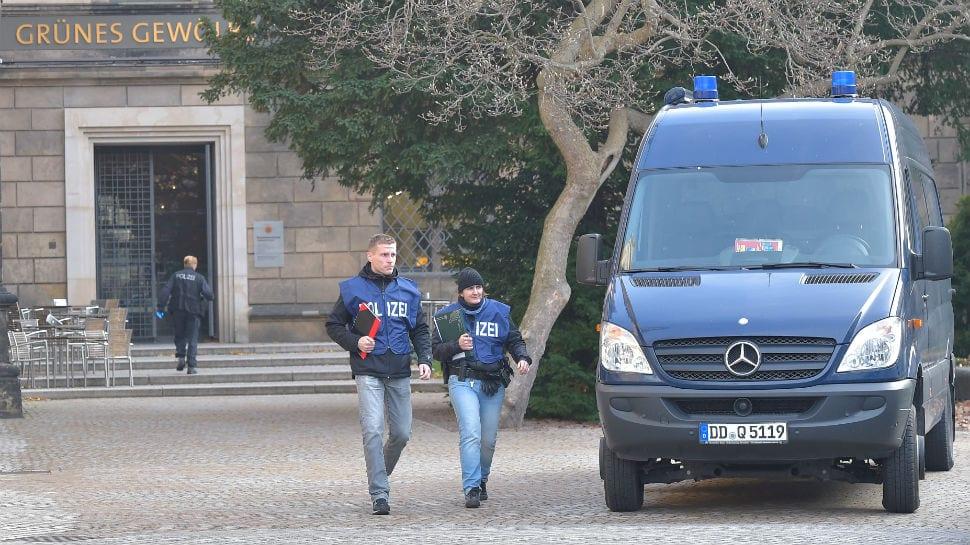 Thieves grab priceless jewels valued at $1.1 billion in German museum heist