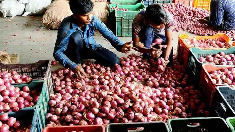 Now, buy onions on loan in Varanasi by keeping Aadhaar card as mortgage