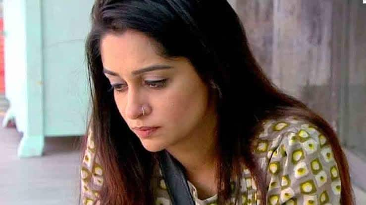 Dipika Kakar accuses airline of unprofessional behaviour
