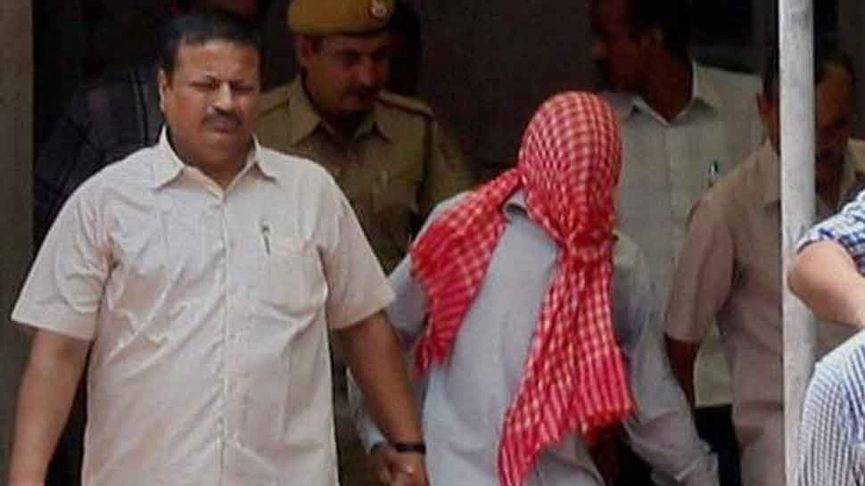 Nirbhaya gangrape convict seeks withdrawal of mercy petition, claims 'never signed it'