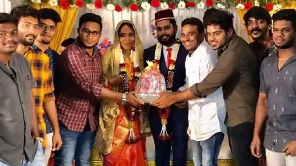 Tamil Nadu couple gets 2.5 kg-onion bouquet as wedding gift