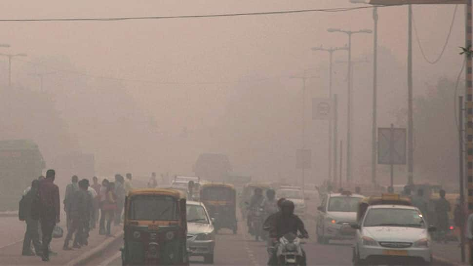 Delhi air quality worsens to 'severe' category, AQI falls to 407