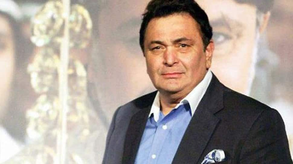 Rishi Kapoor joins B'wood, fans to pay b'day tributes to Raj Kapoor