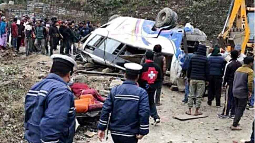 Nepal bus accident: Death toll rises to 14; six deceased identified