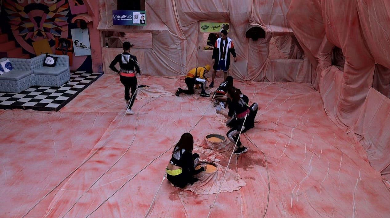 Bigg Boss 13, Day 79 written updates: Captaincy task turns house into planet Mars