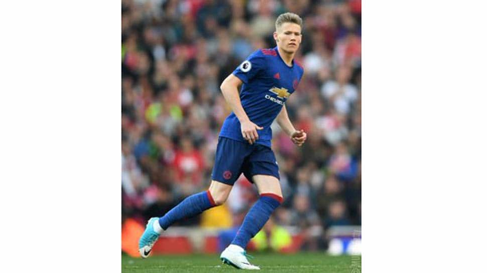 Premier League: Manchester United's Scott McTominay suffers knee injury