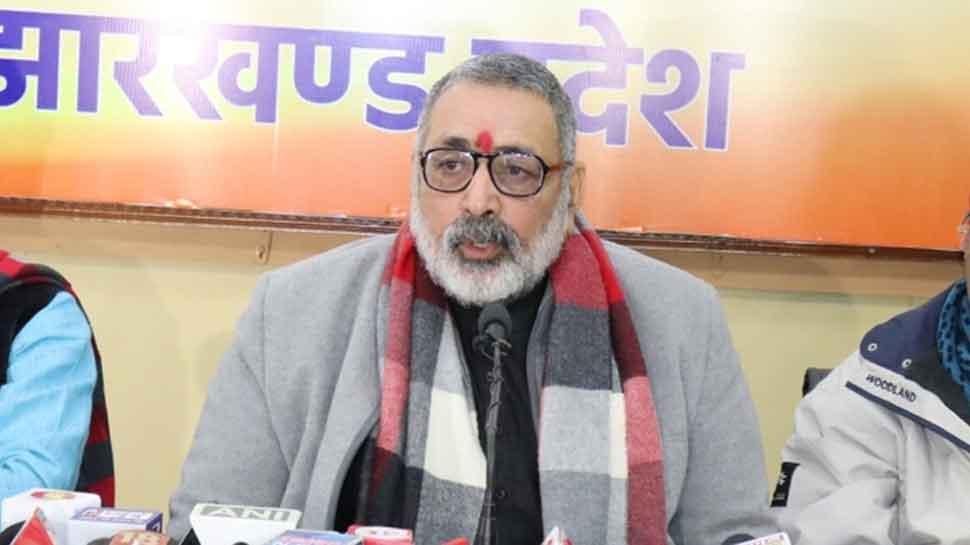 Giriraj Singh rakes up 'sanskar' again, says Indians educated in missionary schools eat beef abroad