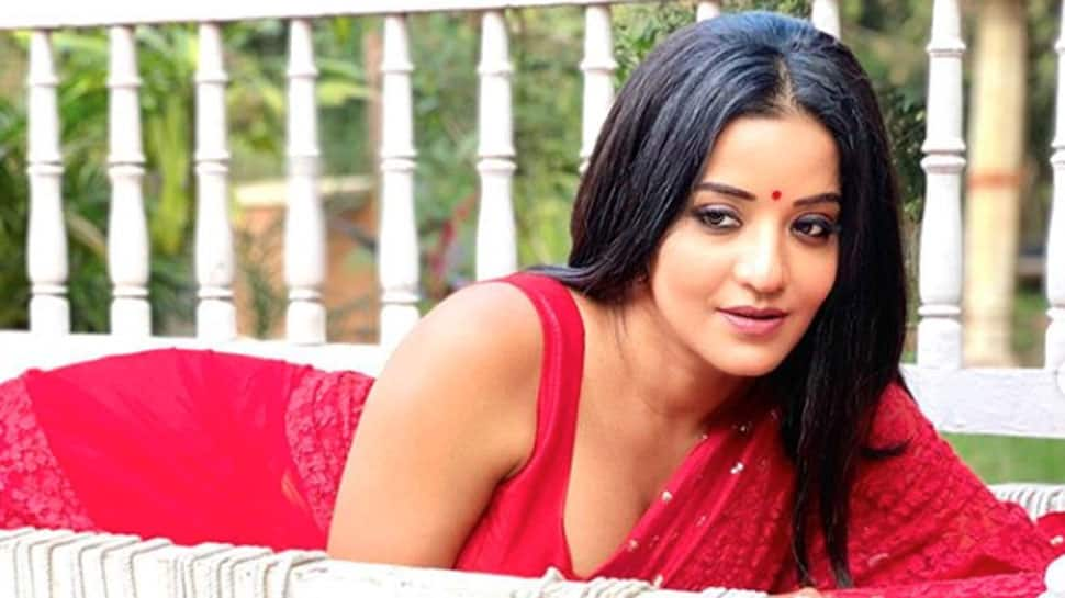 Monalisa is a sight to behold in these scintillating pictures