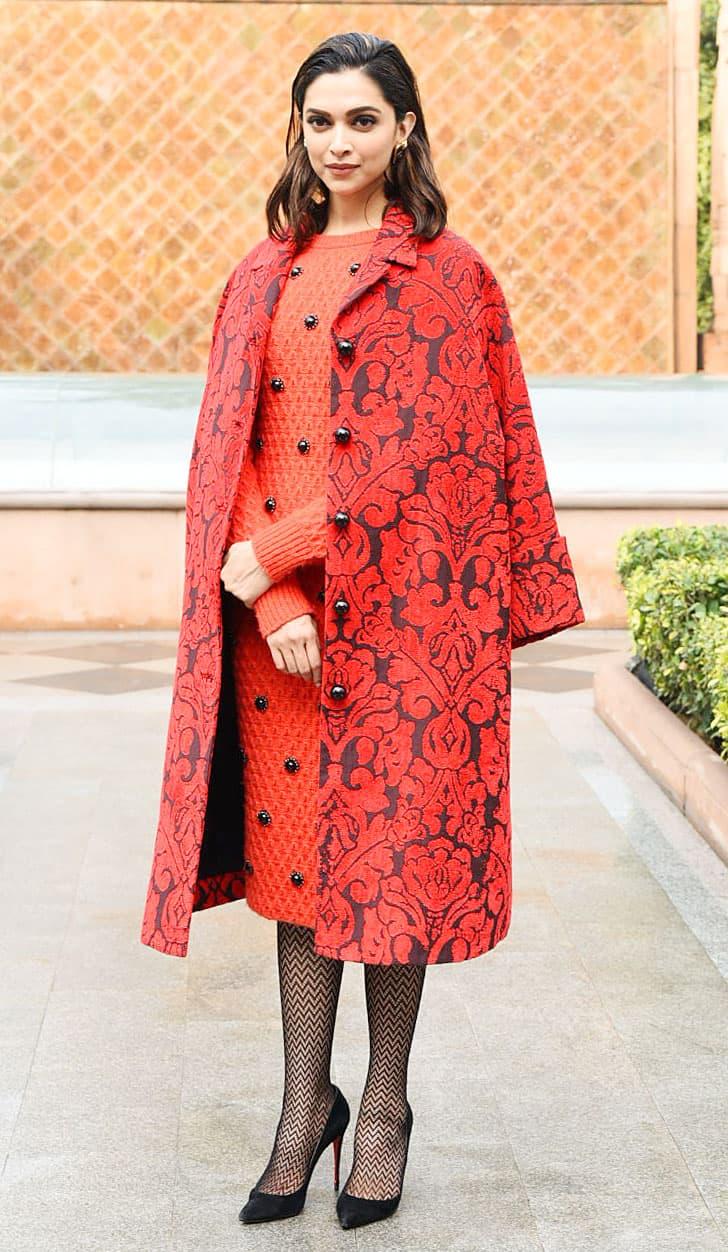 Deepika Padukone looks fab