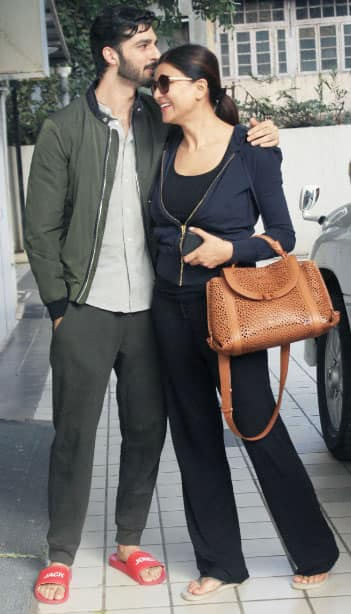 Sushmita Sen poses with boyfriend