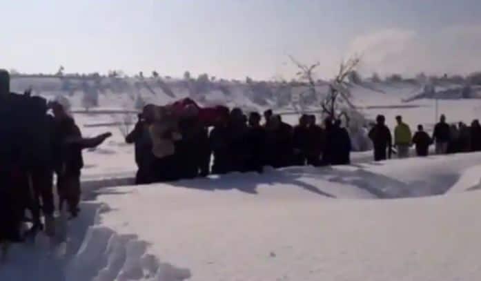 Jawans carry pregnant Kashmiri woman in snowfall, PM Modi hails Army's valour