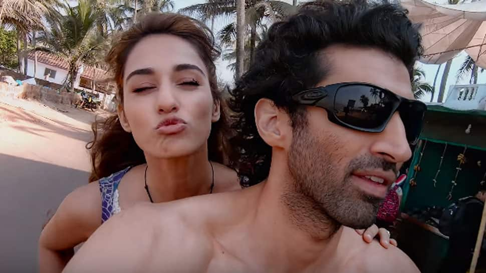 Disha Patani Aditya S Reel Love In Mushy Malang Song Keeps You Hooked Watch Music News Zee News