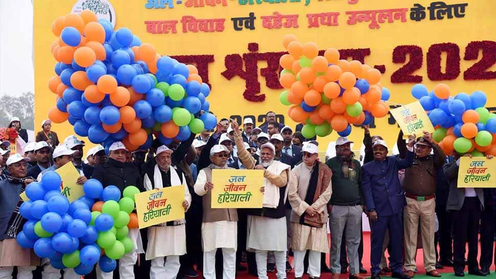 Bihar creates new record with 18,340-kilometer long human chain