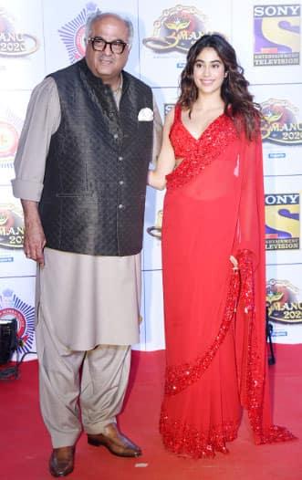 Janhvi Kapoor with father Boney Kapoor