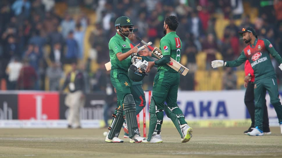 2nd T20I: Pakistan beat Bangladesh by 9 wickets, seal series
