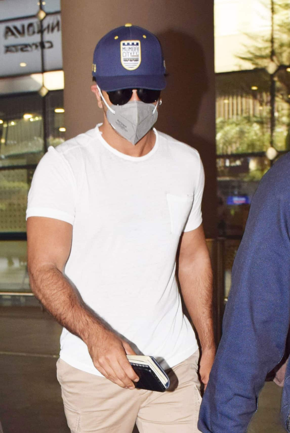Ranbir Kapoor wearing a mask