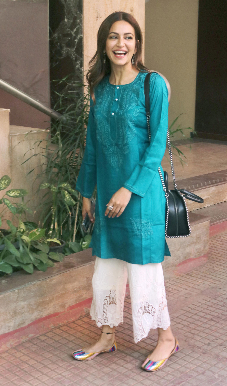 Kriti Kharbanda rocks Indian wear
