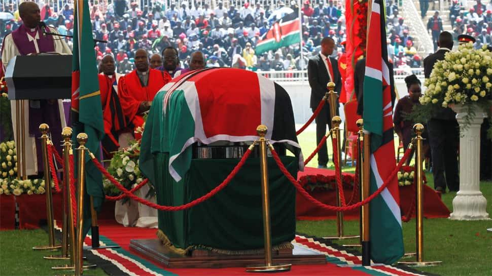 Thousands bid farewell to Kenya's veteran leader Moi