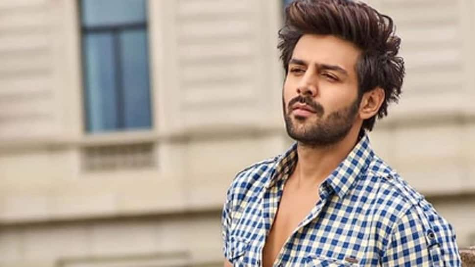 Bollywood News: Kartik Aaryan's morning football session on 'Bhool Bhulaiyaa 2' sets in Rajasthan shows his love for the sport – Watch
