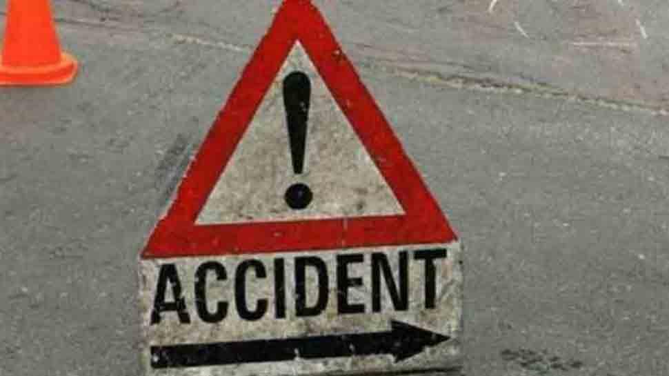 Major accident in Gujarat's Tapi; 8 killed, two dozen injured in oil tanker-bus collision