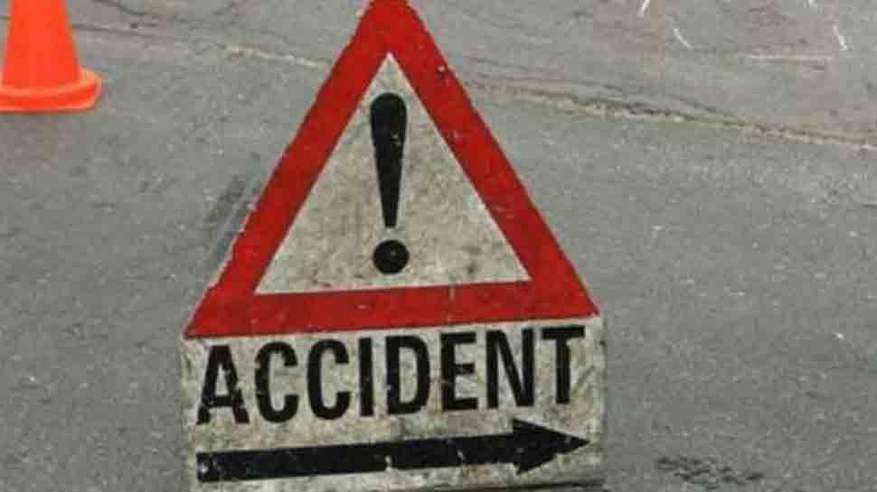 13 killed in collision of cars in Karnataka's Tumakuru