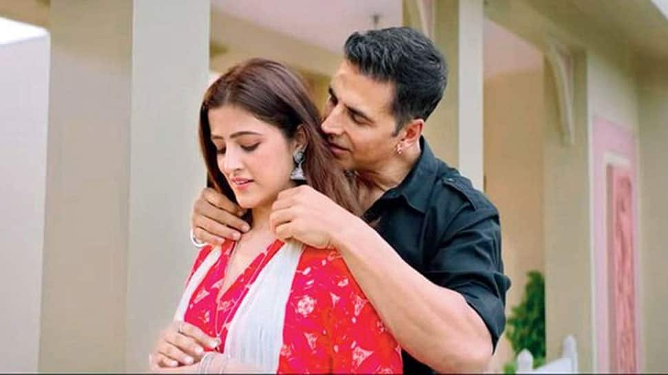 Akshay Kumar makes special appearance in Nupur Sanon's 'Filhall' cover version