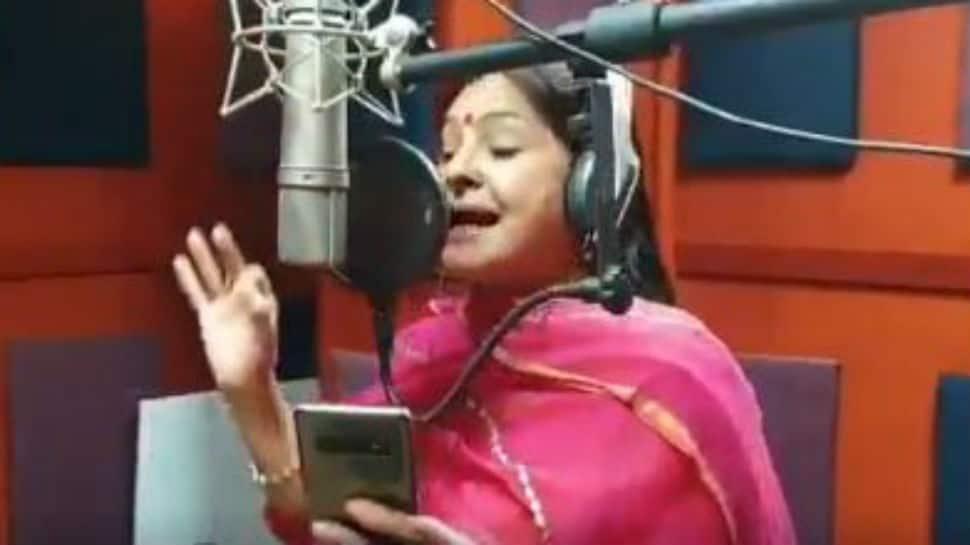 Singer Malini Awasthi croons song on coronavirus, PM Modi shares video