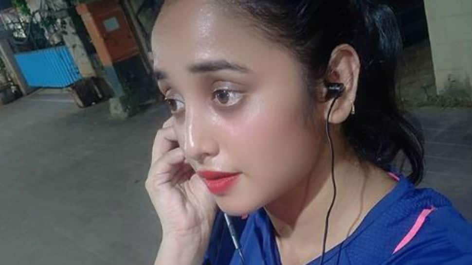 Bhojpuri stunner Rani Chatterjee works out at home, urges everyone to stay indoors in wake of coronavirus pandemic