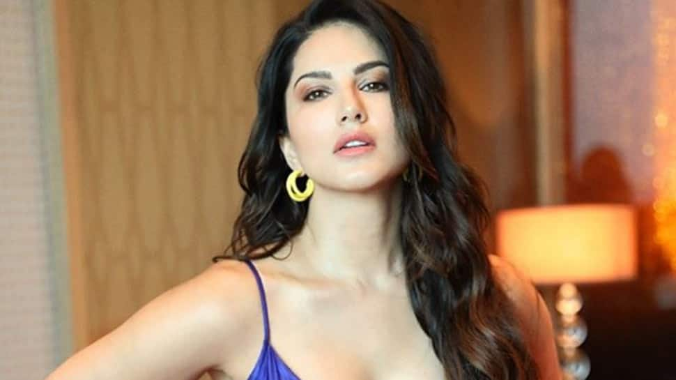 Sunny Leone turn up the heat in a sizzling monokini, poses by the beach for a photoshoot - In Pics