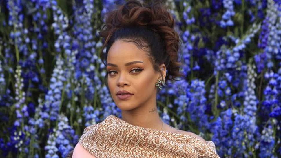 Rihanna buys ventilator for dad as he recovers from coronavirus COVID-19