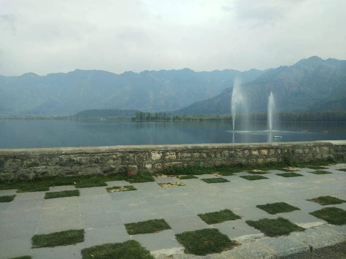 Deserted DaL lake in Srinagar