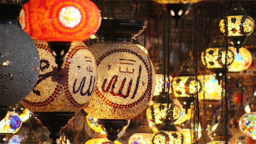 Ramadan Kareem: Wish your loved ones with these beautiful Ramzan greetings