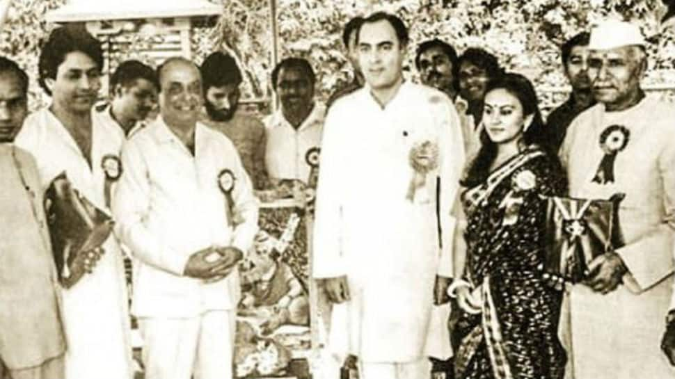 Viral: When 'Ramayan' stars Dipika Chikhlia and Arun Govil shared frame with former PM Rajiv Gandhi