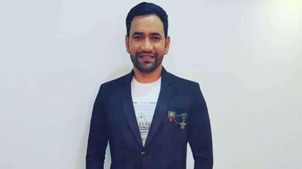 Bhojpuri star Dinesh Lal Yadav aka Nirahua appeals to download Aarogya Setu app to fight coronavirus