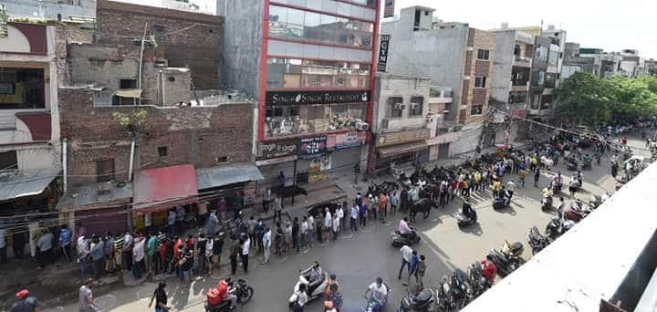 Liquor sale in Delhi